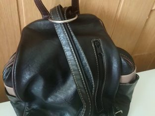 Műbőr táska