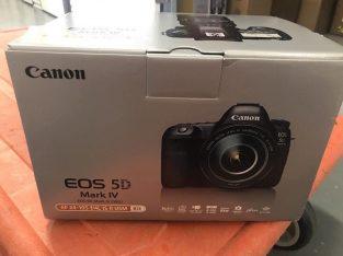 Canon EOS 5D Mark IV 30.4MP digitális tükörreflexes fényképezőgép, lencse-fekete