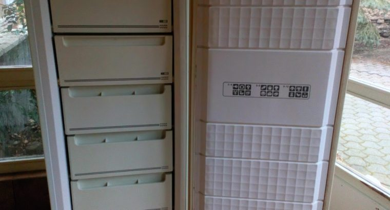 Mélyhűtő szekrény