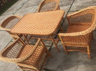 Tiszai fűzvesszőből fonott bútorok