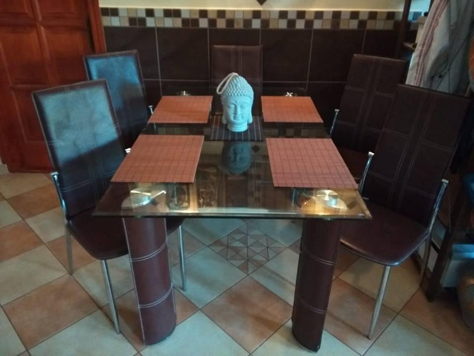 Gyönyörű étkező asztal eladó