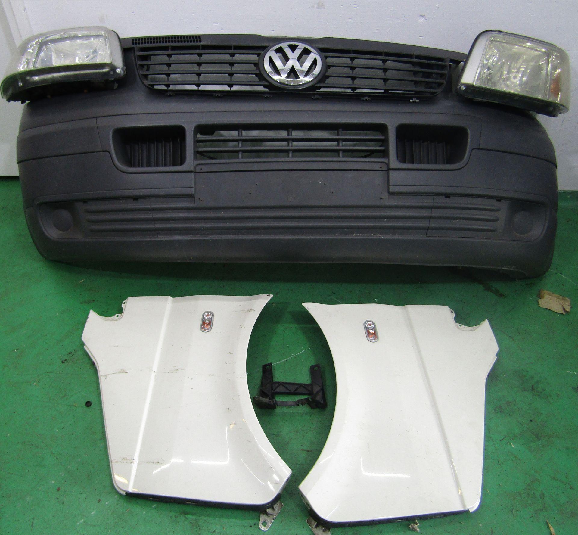 VW Transporter T5 csavaros karosszéria elemek 2004-10