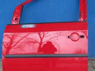 Volkswagen Caddy 2004-2016 közötti évjáratokhoz bal első lámpa